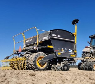 We got this photo of a brand new Cerex 300 in Norway. Pretty dry conditions, luckily that's no problem for this robust s...
